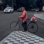 Велосипедистам в Украине разрешили ездить по полосе общественного транспорта